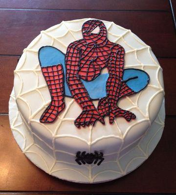 Medium_spiderman_cake