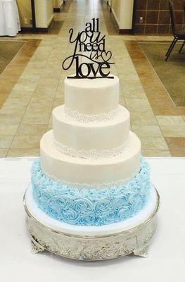 Medium_love-wedding-cake