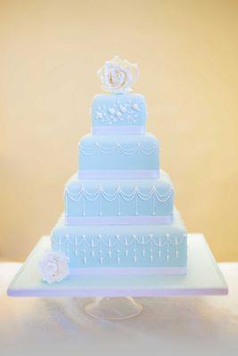 Medium_cakes-010