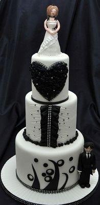 Medium_black-and-white-cake-1