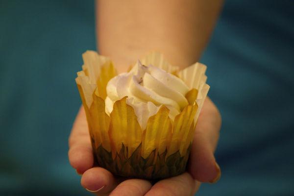 Medium_lavendar-vanilla-cake-3