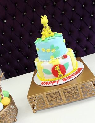 Cake Decor And More 1220 Wien : Belladonna Sweets - Los Angeles, CA, US ~ CakeDecorPros.com