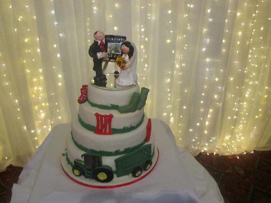 Medium_wedding-cake-aileen--cj