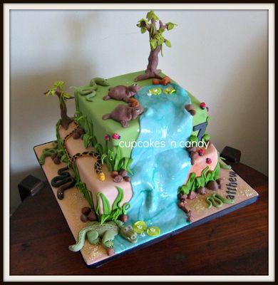 Medium_matthews-reptile-cake-q