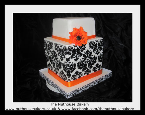 Cake Decorating Course Midlands : The Nuthouse Bakery - Brierley Hill, GB ~ CakeDecorPros.com