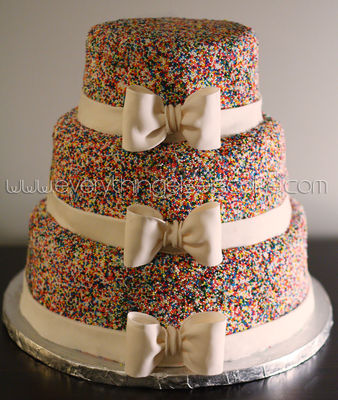 Medium_3tiersprinklecake