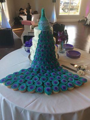 Medium_peacock-wedding-cake