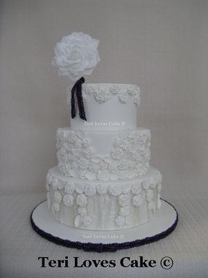 Medium_l_j-wedding-cake-a