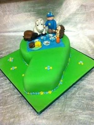 Medium_nine_cake