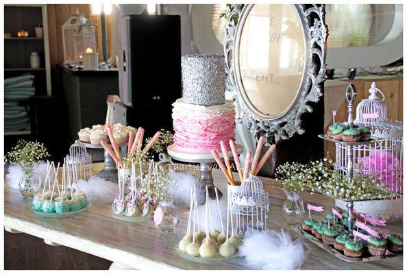 Medium_taartjes-van-an-nunspeet-sweettable-vintage-bruidstaart-taart-