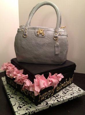 Medium_purse-cake