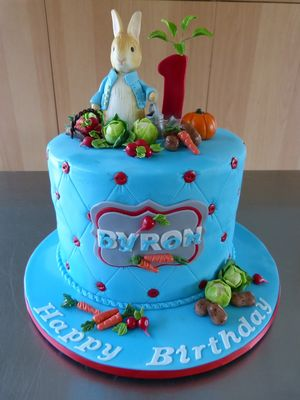 Medium_peter-rabbit-cake