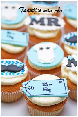 Medium_taartjes-van-an-babyshower-jongen-boy-cupcakes