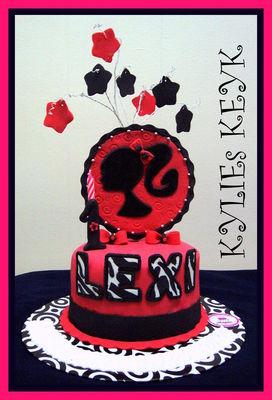 Medium_barbie-cake---lexi