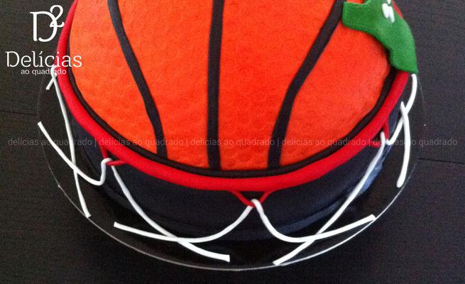 Medium_delicias-ao-quadrado-cake-design-basketball-03