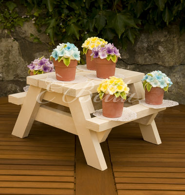 Medium_flower-pots-sue-2