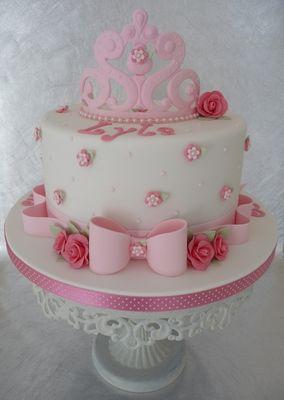 Cake Designs By Deborah - Worksop, GB ~ CakeDecorPros.com