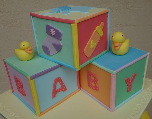 Medium_baby-shower-block-cake02