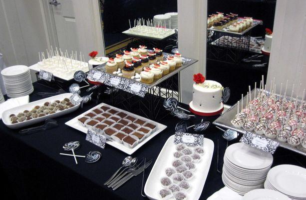 Medium_dessert-table