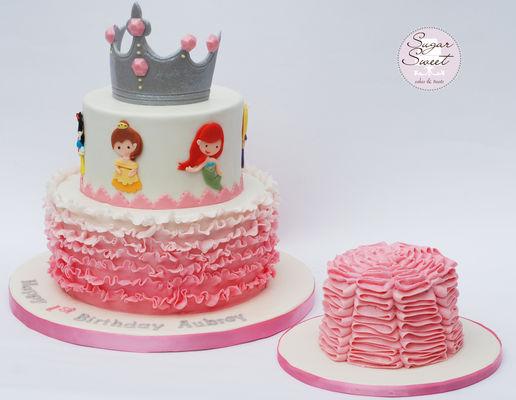 Medium_disney-ruffle-princess-tiara-cake