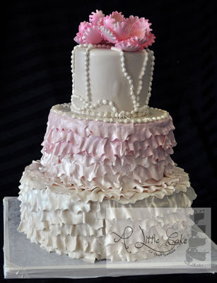 Medium_3-tiered-ruffle-cake