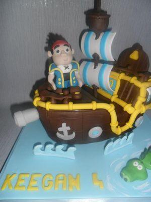 Medium_pirate-ship