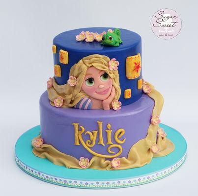 Medium_tangled-rupunzel-cake