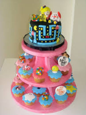Medium_80s-cake-and-cup-cake-tower