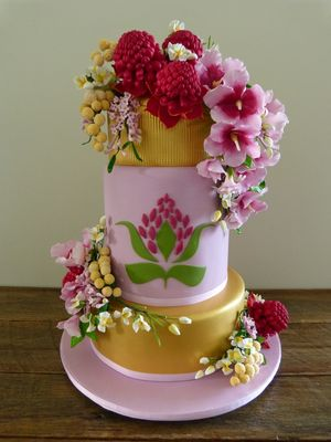 Medium_whole-cake-sml-file