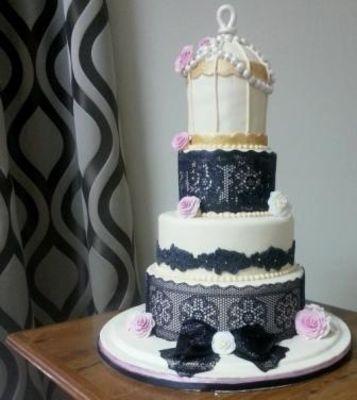 Medium_birdcake-themed-wedding-cake-with-sugarveil