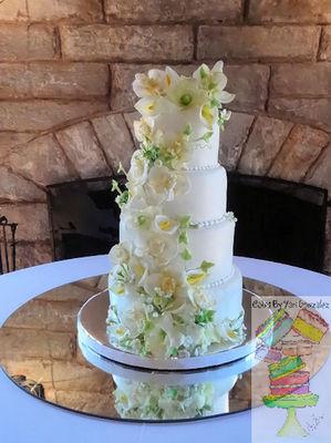 Medium_wed-cake