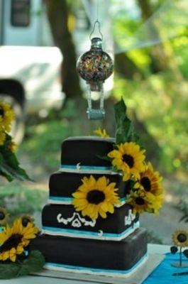 Medium_sunflower-cake