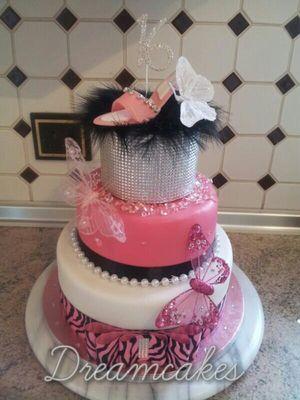 Medium_tracey-baker-cake