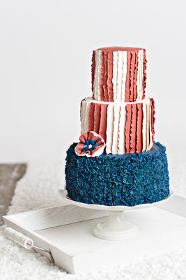 Medium_fondant-flinger---4th-of-july-cake-1
