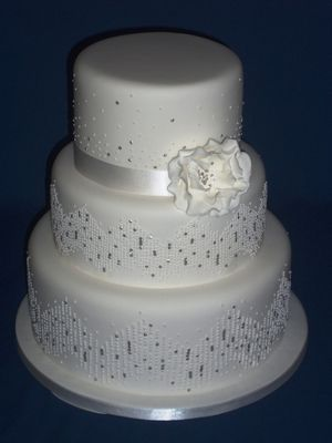 Medium_ajs-cakes-sequin-cake-