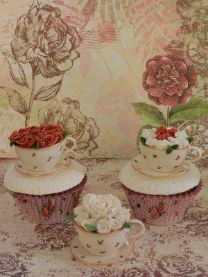 Medium_tea-cup-roses-019