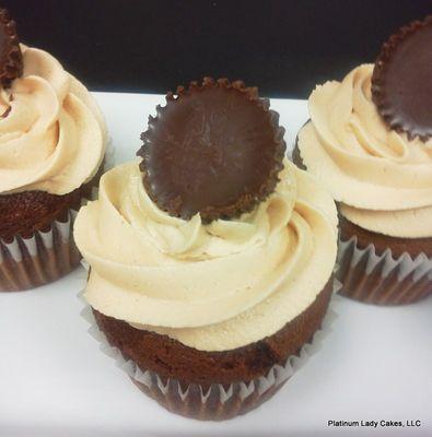 Medium_platinum-lady-cakes-42