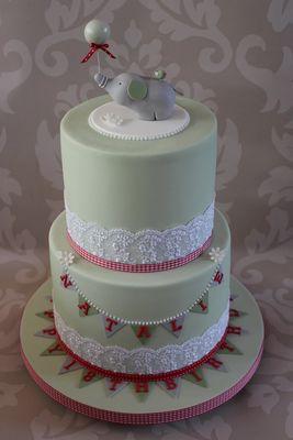 Medium_elephant-cake