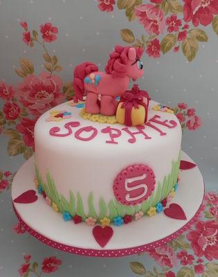 Medium_sophies-cake-007