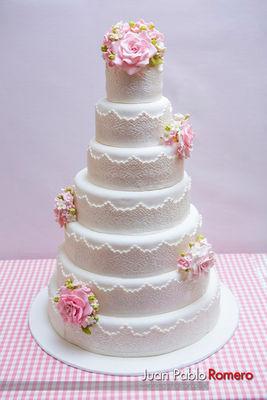 Medium_wedding-cake-photo